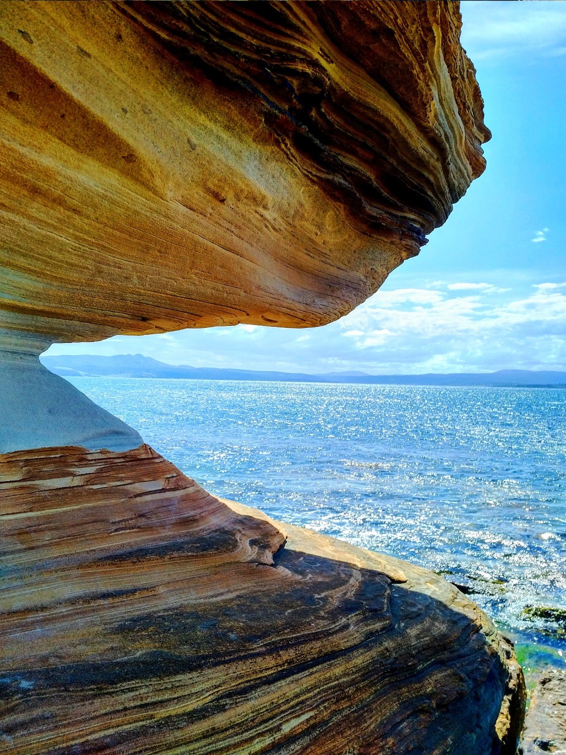 maria island painted cliffs